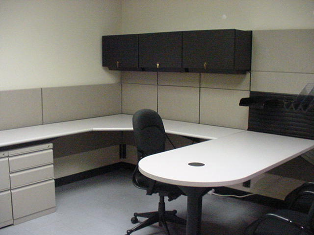 Office desks reading pa ethosource for Furniture reading pa