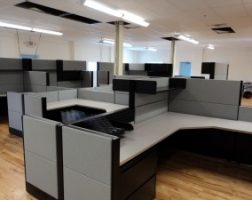 Multiple Height Refurbished Office Cubicle