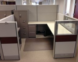 7'x 7' Multi-Height Ethospace Workstations