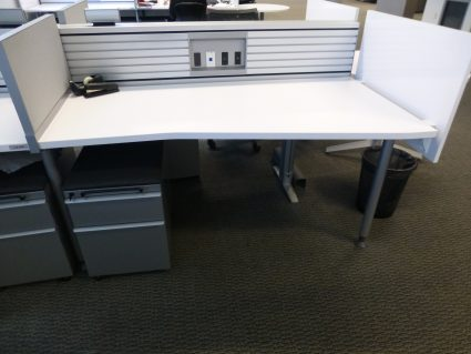 Knoll Benching Workstations 1