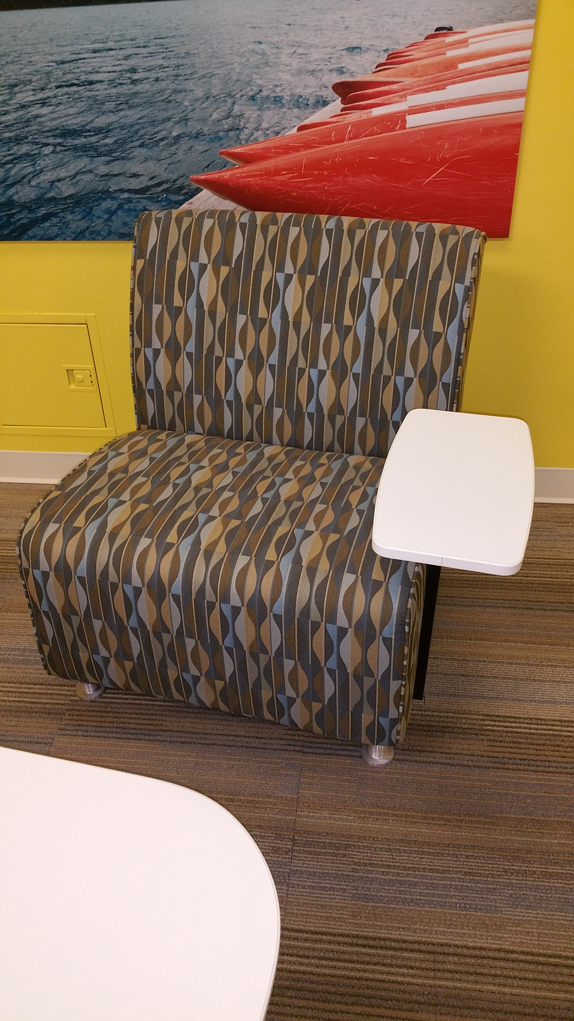 Used Turnstone Lounge Chair w Tablet Arm fice Furniture